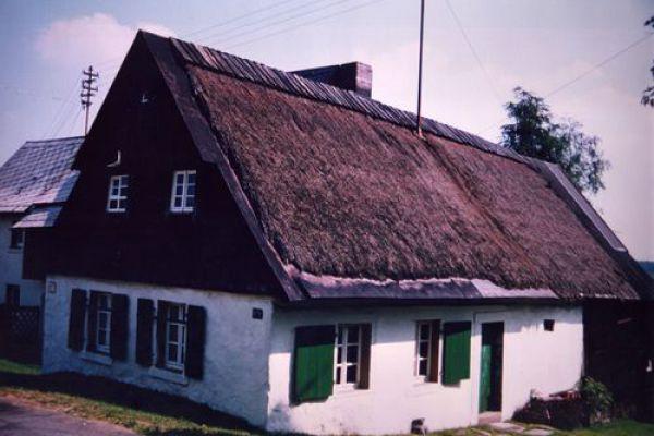 weberhaus00BDBD1E-7E2F-0454-7CAD-734AC2763057.jpg